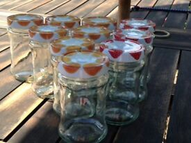 375 ml glass jars with lids for homemade jams and jellies