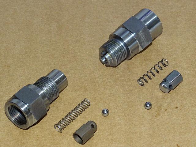 Satz Ventile für Lanz Glühkopf Kraftstoffpumpe Saugventil + Druckventil Pumpe Z Foto 1