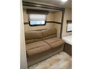 2015 Palomini 150RBS Ultra Lite Travel Trailer with Slideout Stratford Kitchener Area image 12