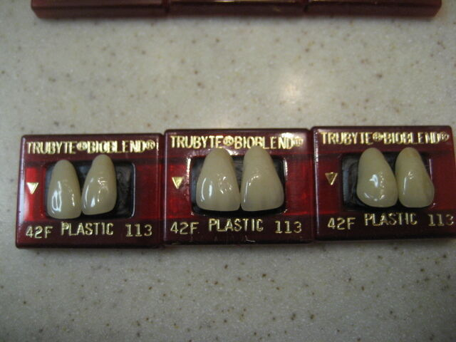 Dentsply Denture Trubyte Bioblend Upper Anterior Mould 42F/113