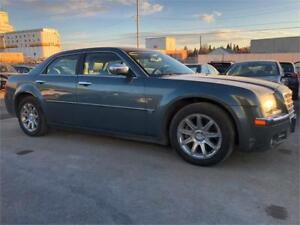 2005 Chrysler 300 300C -LOW KMS/NAVIGATION/LEATHER/SUNROOF+MORE