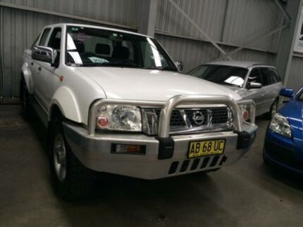 2004 Nissan Navara D22 ST-R (4x4) White 5 Speed Manual Dual Cab Pick-up Macquarie Hills Lake Macquarie Area Preview