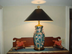Vintage original RARE Wildwood Lamp Hand Painted MINT condition