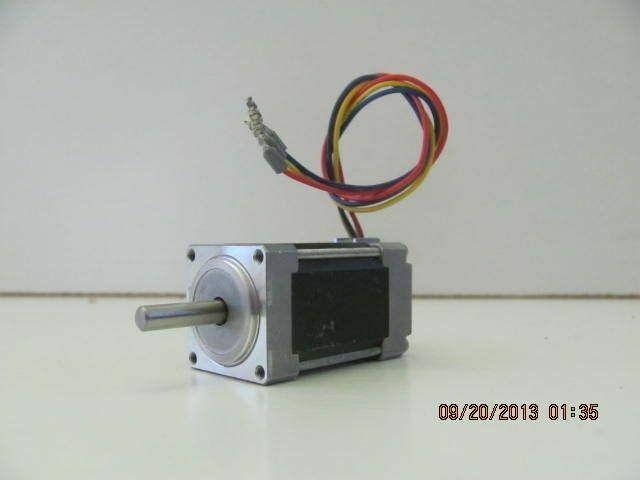 APPLIED MOTION STEP MOTOR ( HT11-013D ) RoHS :DEG/S: 1.8 :DC: 2.0V 1.0 A