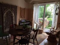 Short or long term housemate wanted for peaceful, art and plant-loving home