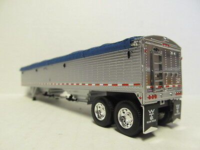 DCP 1/64 SCALE WILSON GRAIN TRAILER (HOPPER BOTTOM) SILVER SIDES WITH BLUE TARP 3
