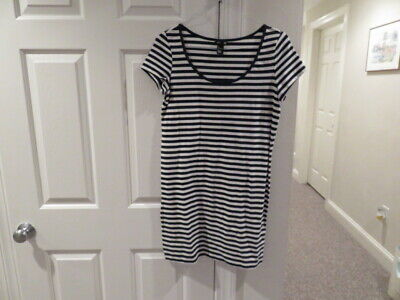 EUC!!  Basic H&M Navy and White Striped Cotton Dress - Size Large