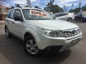2011 Subaru Forester MY12 X White 5 Speed Manual Wagon