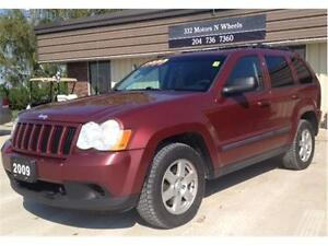 2009 Jeep Grand Cherokee Laredo 4X4 w/ Tow Package