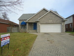 NEW LISTING! 1750 Askin - 1.5 storey located on a quiet dead end