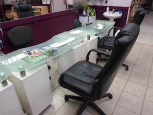 Nail Salon Closing Down Auction Sale / Hair Salon Closing Down Cambridge Kitchener Area image 9