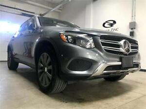2016 Mercedes-Benz GLC300 only16552km*PANO ROOF*NAVI*LOADED