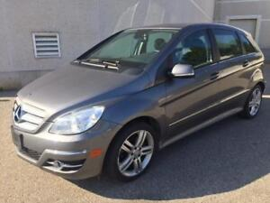 2010 MERCEDES B200 TURBO PANOROMIC SUNROOF/BLUETOOTH/ROOF RACK!!
