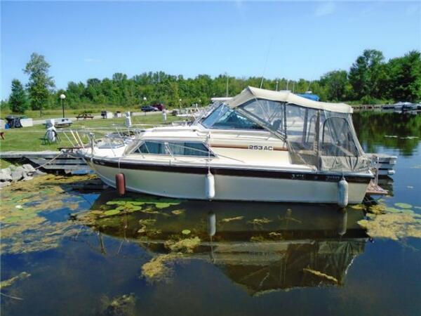 Used 2016 Chris-Craft 253 AC