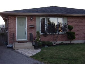 4 bedroom, massive fenced yard, gorgeous home