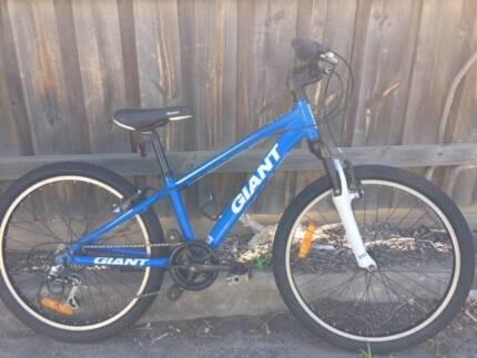 "Giant XTC kids mountain bike - 24"" wheels - Refurbished."