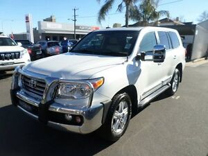 2014 Toyota Landcruiser VDJ200R MY13 Sahara 6 Speed Sports Automatic Wagon Burrangong Young Area Preview