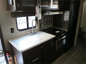 2017 FOREST RIVER GREY WOLF LIMITED 23DBH! BUNKS, SLIDE! $24495! London Ontario image 11