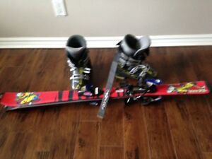 Kids skis 110 cm and Soma size 1 boots withs bindings lot