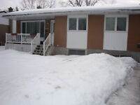 Lovely, 2+2 bedroom bungalow home in Mooney's Bay,Ottawa, studen Ottawa Ottawa / Gatineau Area Preview