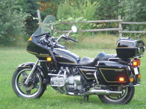Low-mileage, excellent GOLD WING  @ Post -season pricing !