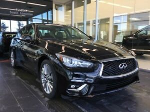 2018 Infiniti Q50 3.0t LUXE W/ ESSENTIALS PACKAGE