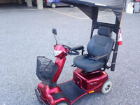 Invacare Auriga 10 Scooter - Like new