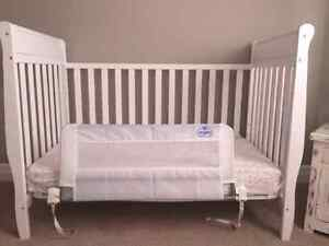 Graco White Convertable Crib with Safety Attachment