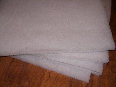 2x Filtermediumauflage 68 x 40 cm PE Kunststoff Filterrost Filtermedienauflage