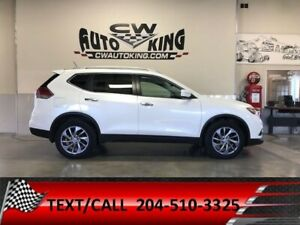 2015 Nissan Rogue SL / Low Km. / AWD/ All Available Options