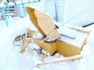 Souffleuse à neige pour tracteur à vendre
