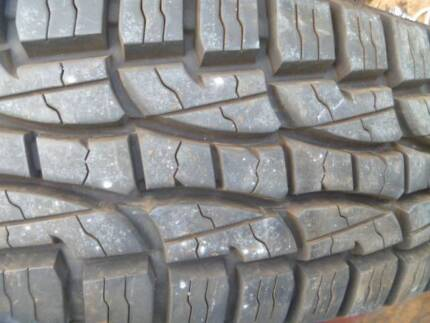 LING LONG TIRES 205 R 16 LT / SUV on Wheels price for 2