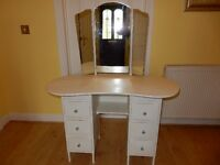 Stunning Solid Wood Shabby Chic Kidney Shaped Dressing Table With Triple Mirror