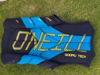 O'Neil Gooru Tech Comp Vest Size Medium