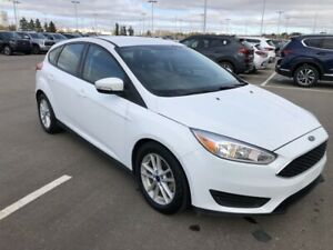 2018 Ford Focus SE - Heated Seats & Steering Wheel!