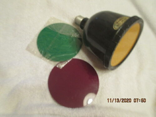 Vintage Darkroom YANKEE Photo Safe Light Bulb & filters 110 volt 15 watt