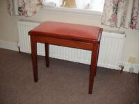 Music stool