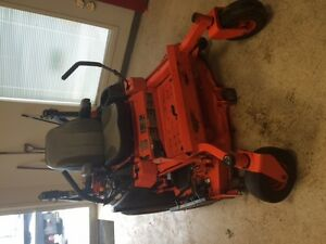 "2014 Kubota Z 727, 54"" cutting deck, gas mower"