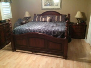 King size 7 piece set bedroom going cheap