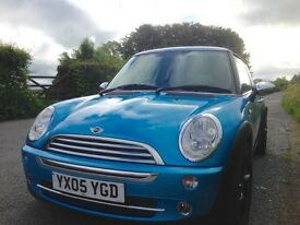 Lovely Mini inside and out! 12 Months MOT!