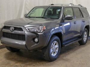 2014 Toyota 4Runner SR5 4WD 7 Passenger w/ Navigation, Heated Se