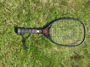 Raquet for raquetball
