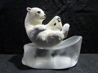 Franklin Mint Humane Society Of The USA - Snow Cub - Extremely Nice