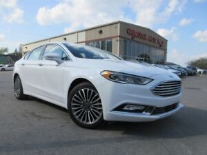 2017 Ford Fusion SE AWD, NAV, ROOF, LEATHER!