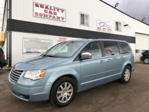 2010 Chrysler Town & Country Touring 1YR Warranty $7950.