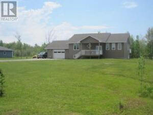 Beautiful open concept home on 1 Acre lot in Sturgeon Falls