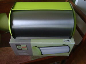 BREAD BOX STAINLESS STEEL & LIME GREEN ''NEW''
