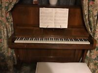 Elliot piano in good condition for sale