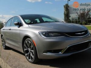 2016 Chrysler 200 C / GPS Navigation / Panoramic Sunroof