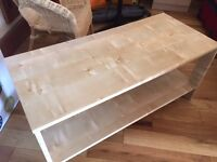 Very good condition Pine Coffee Table. Like new!